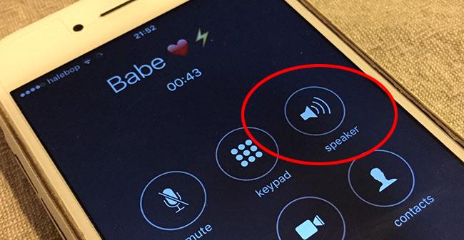 iPhone- Klicka Peka på högtalare under ett samtal
