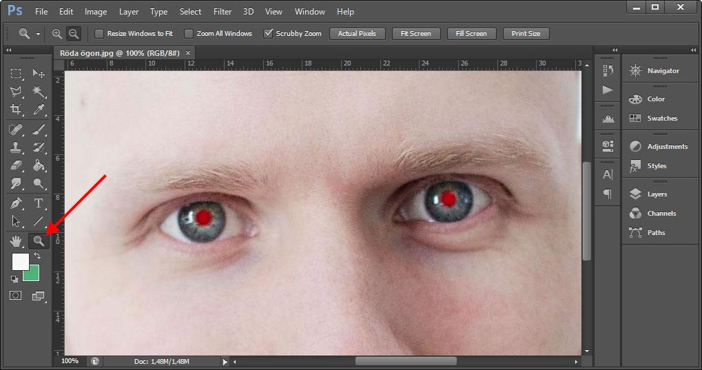 Photoshop - Röda ögon - Ta bort - Zooma in