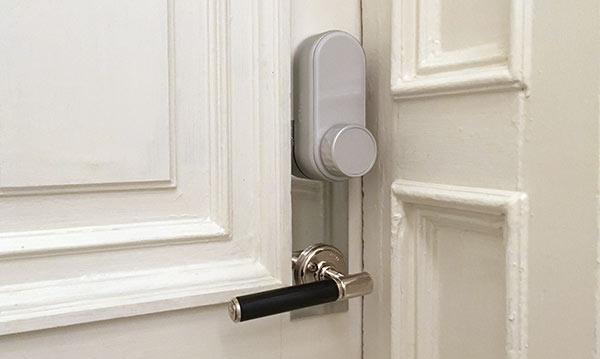Glue Smart Lock - Monterat - Klart