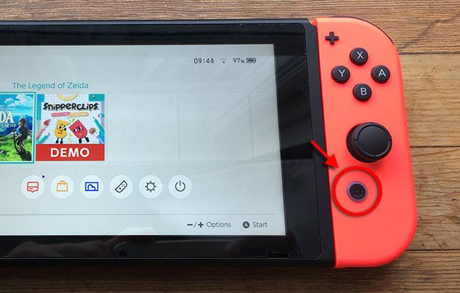 Nintendo Switch - Hemknappen - Tryck - Ändra ljusstyrka - Flygplansläge