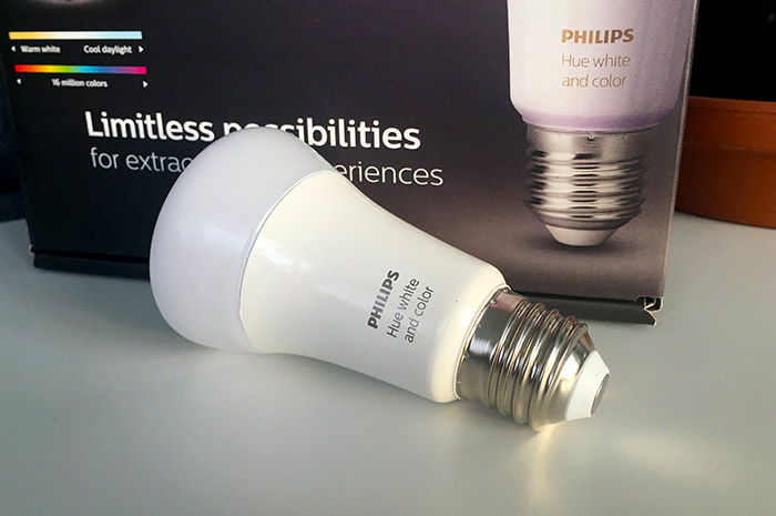Philips Hue - E27 - White and color - Lampa