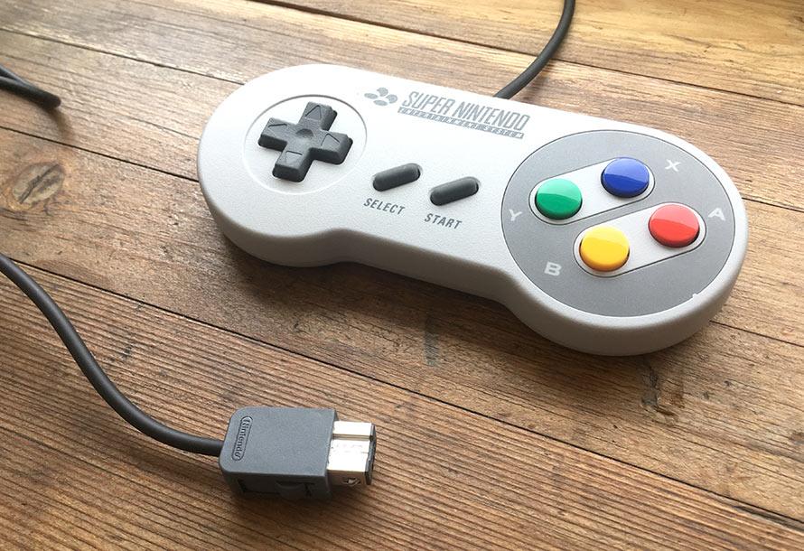 SNES Classic Mini - Handkontroll - Super Nintendo - Kort sladd