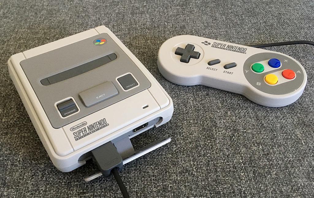 SNES Classic - Handkontroll - Super Nintendo - Lucka