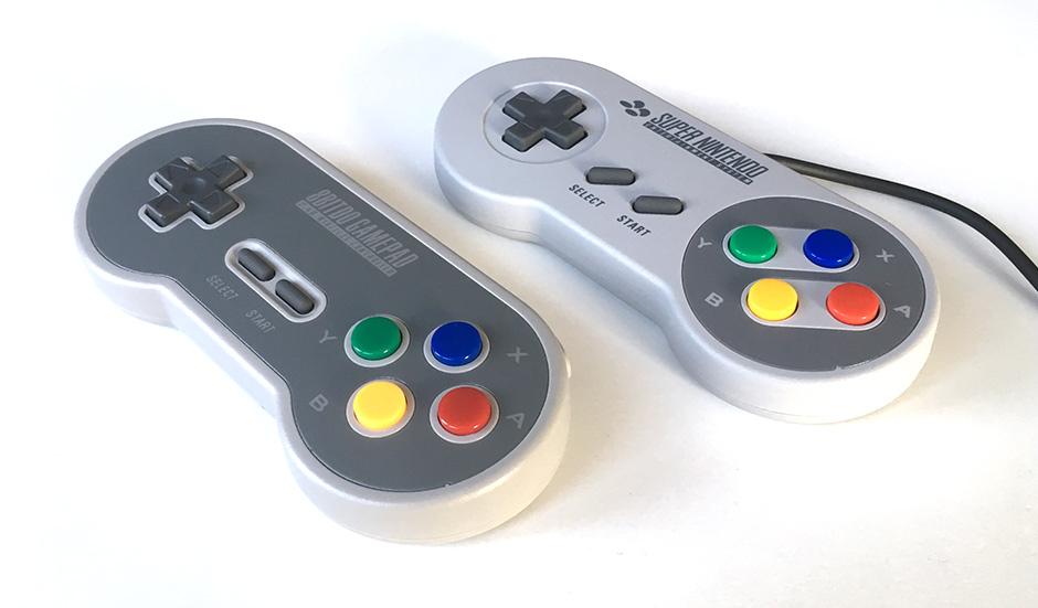 8BitDo - SF30 - Jämför - SNES Classic - kontroller