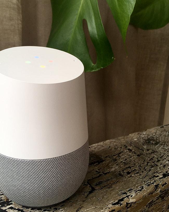 Google Home - Lampor - Toppen - Lyssnar