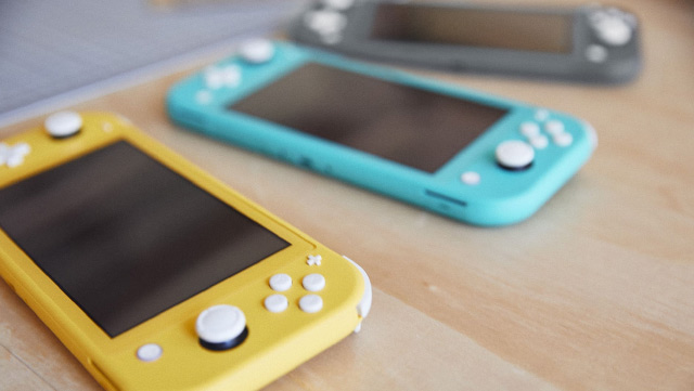 Nintendo Switch Lite - Gul - Grå - Turkos