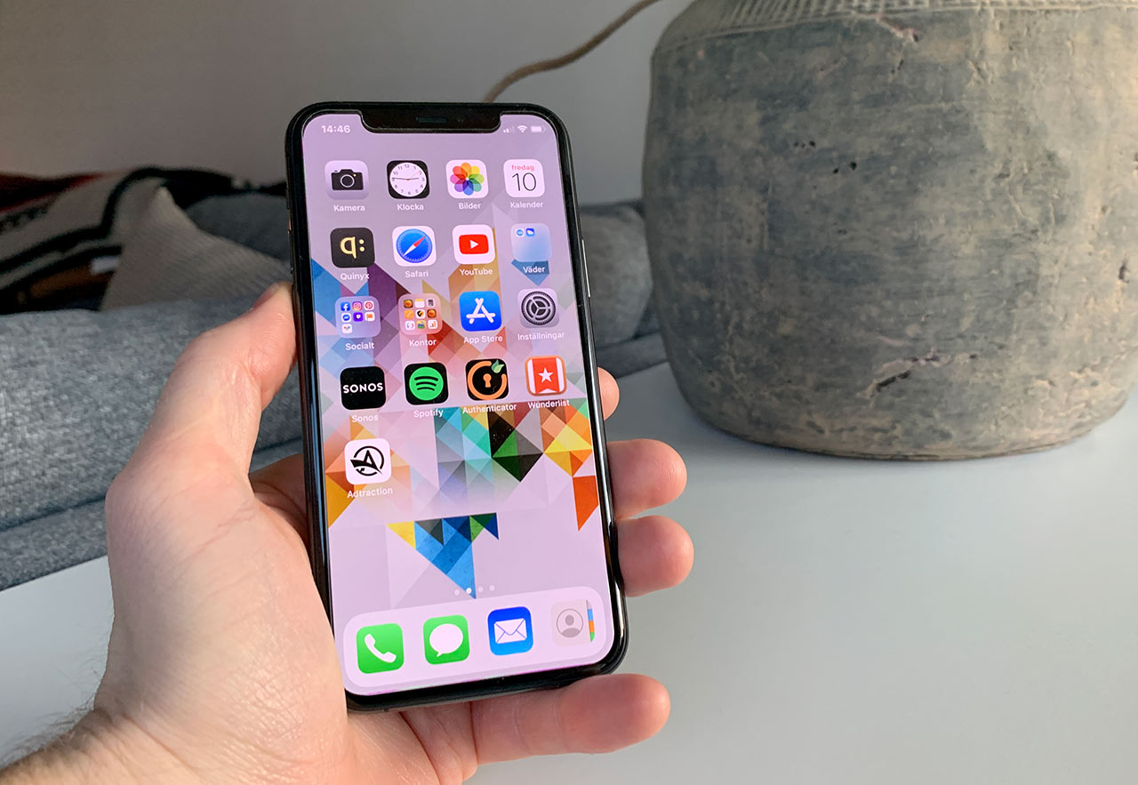iPhone 11 Pro Framsida - Appar
