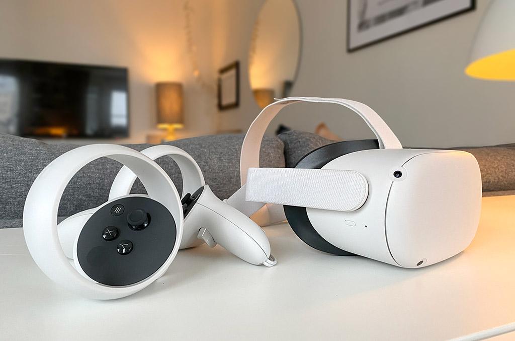 Oculus Quest 2 - Headset - Kontroller