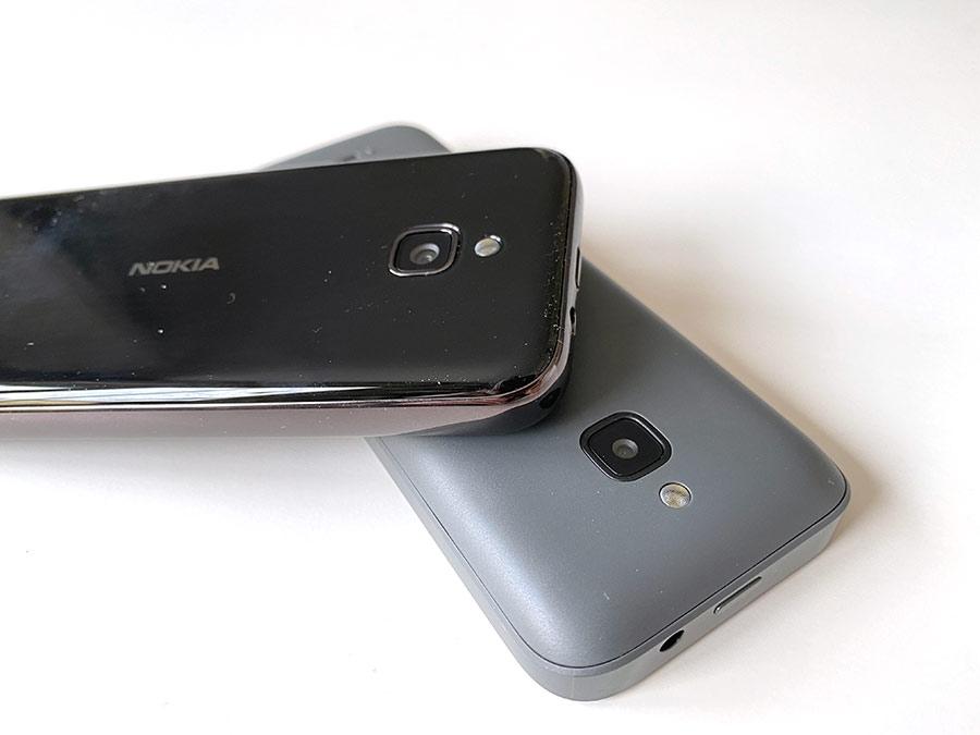 Nokia 8000 - 6300 - Baksida - Skärmlåsknapp